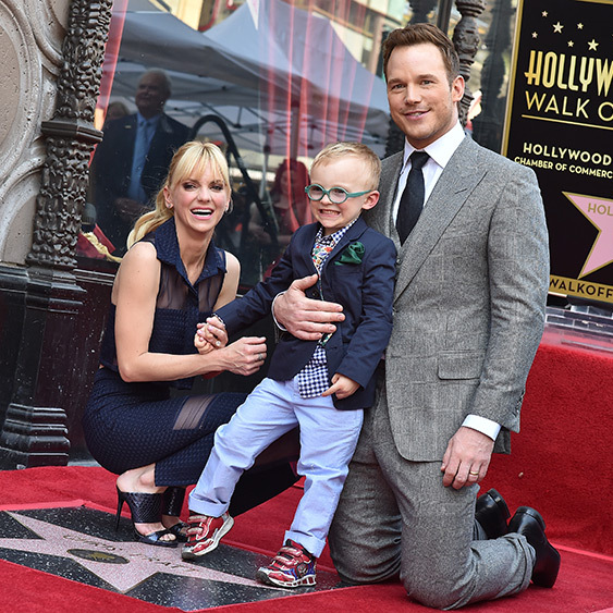 <B>Anna Faris and Chris Pratt</B>