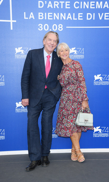 Helen Mirren and Donald Sutherland cozied up at the <i>Leisure Seeker</i> photocall on Sunday, September 3.