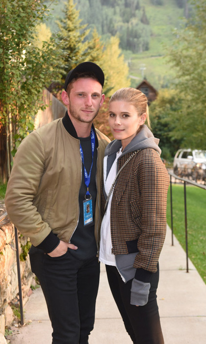 Newlyweds Kate Mara and Jamie Bell enjoyed a leisurely stroll through Telluride during the film festival on September 1.