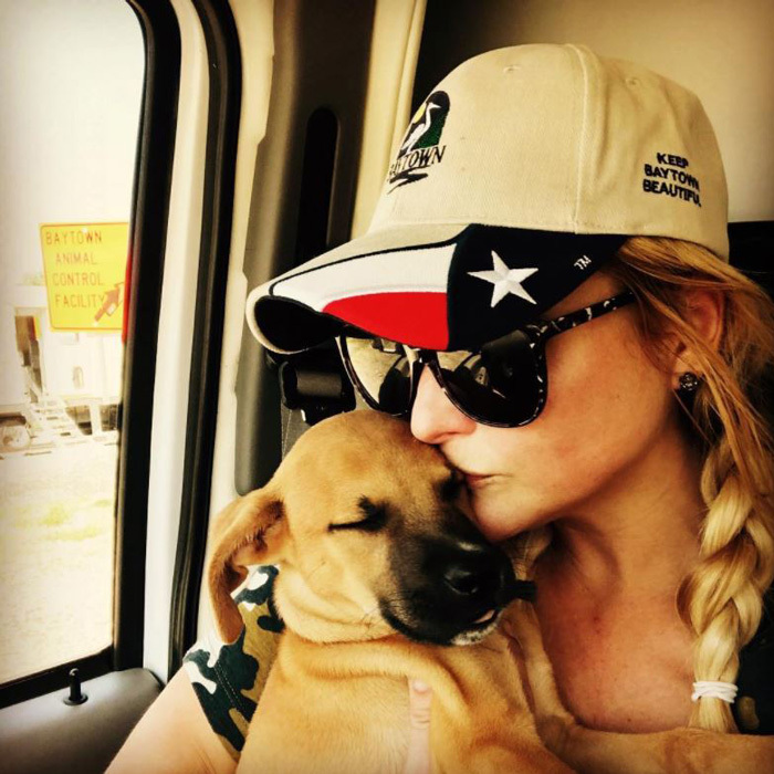 Miranda Lambert shared an update of her and her Mutt Nation foundation's efforts with helping rescue animals after Hurricane Harvey. 