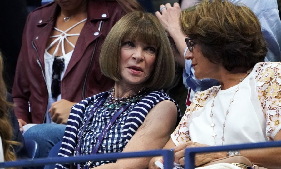 Anna Wintour, a frequent attendee, brought style to the 2017 US Open Men's Singles Round 4 match between Roger and Philipp.