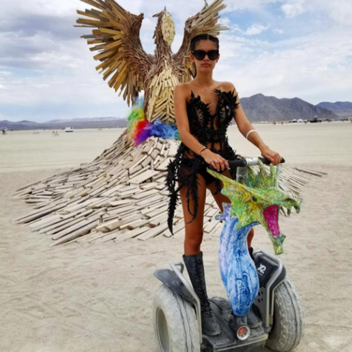 Sara Sampaio was the mother of Burning Man with her dragon transportation during Burning Man.