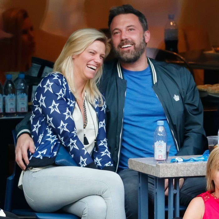 Ben Affleck and Lindsay Shookus weren't shy when it came to PDA! The pair looked cozy watching the Men's Finals in New York on September 10.