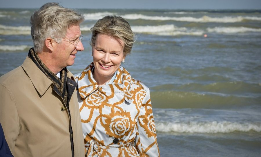 It may have looked like a romantic break based on this photo, but King Philippe and Queen Mathilde of Belgium were actually attending a shrimp fishing demonstration of the Orde van de Paardenvissers (Order of the Horse Fishers) on September 12 in Oostduinkerke, Belgium. 
