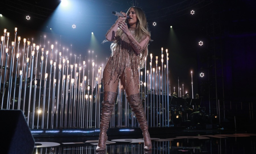 In addition to organizing, promoting and hosting the event, J.Lo entertained everyone! The talent took to the stage at the Universal Studios lot throughout the evening to do what she does best.