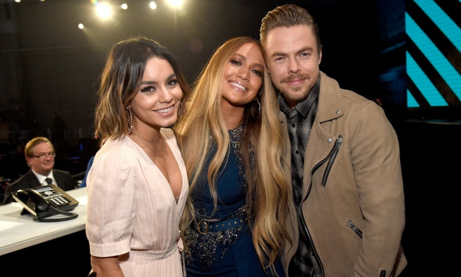 Vanessa Hudgens, Jennifer Lopez and Derek Hough were a happy trio as they did their part to raise money for disaster relief.