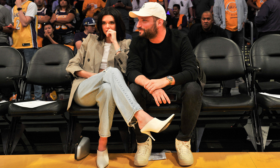 Kendall Jenner sat courtside with a pal to watch Blake Griffin and the L.A. Clippers play against the Los Angeles Lakers. Throughout the game, the 21-year-old model was seen cheering for her rumored beau. 