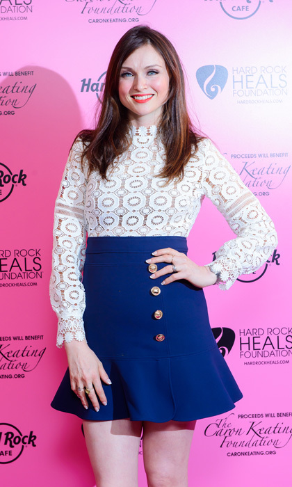 <b>Sophie Ellis-Bextor</b>