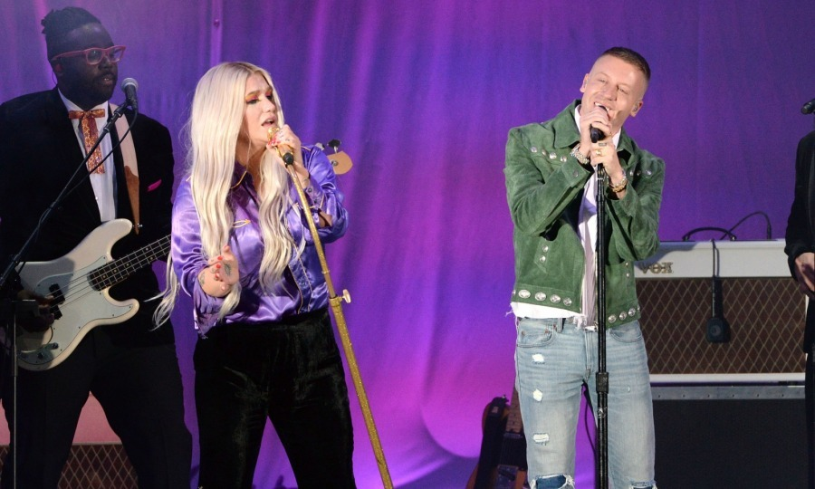 "Kesha and Macklemore rocked the 5th annual ""We Can Survive"" benefit concert presented by CBS Radio at the Hollywood Bowl on October 21. The Hollywood fifth annual breast cancer benefit concert was filled with stars. 