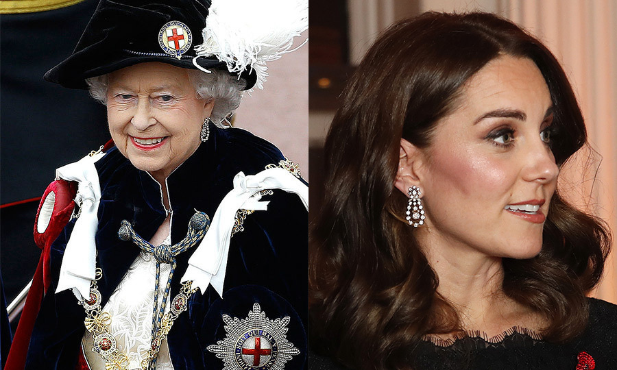 <b>DIAMOND PENDANT EARRINGS</b>