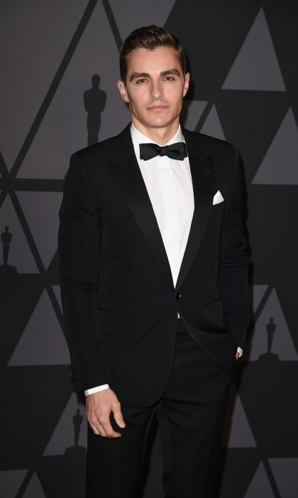 James's little brother Dave Franco looked equally sharp in dark a suit.