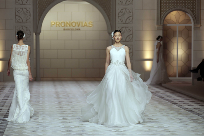 Pronovias wedding dresses close Barcelona Bridal Week - Photo 10