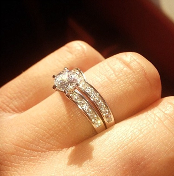 Wedding rings shaped to fit engagement rings Photo 2