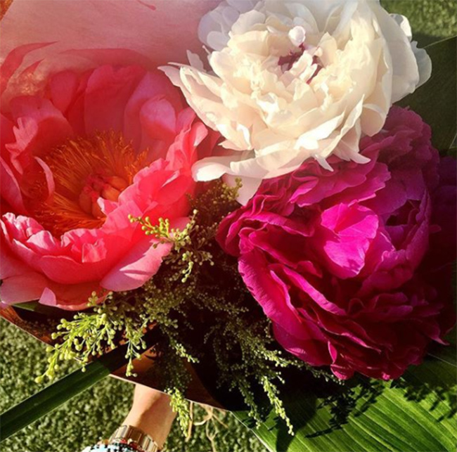 meghan-markle-peonies-on-instagram