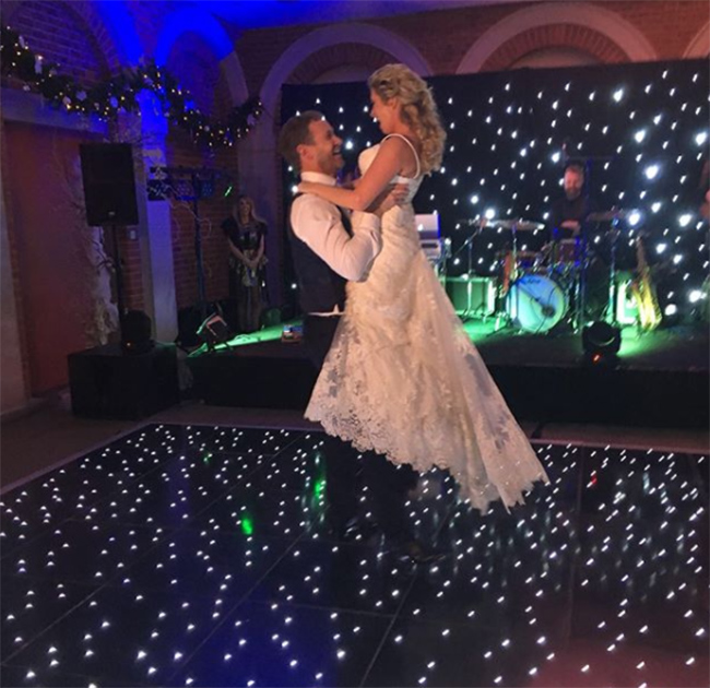 brooke-kinsella-first-dance-at-wedding