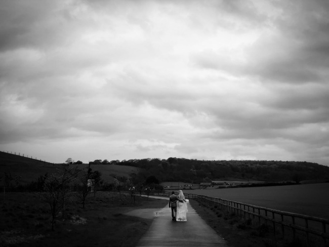 iphone-wedding-photography-bride-groom