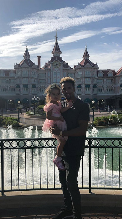 Scott-Sinclair-Matilda-Disneyland-Paris