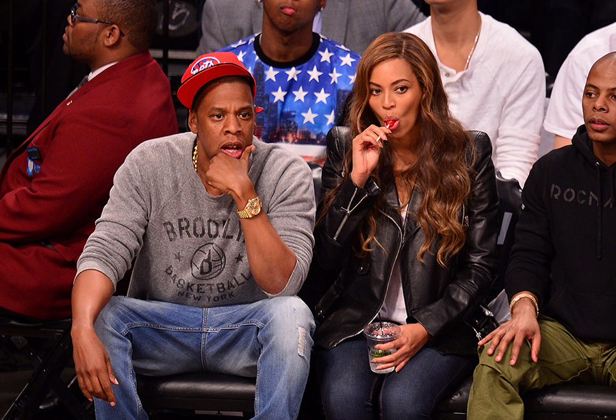 jay z vs beyonce Jay z and beyonce knowles are so much more than just the first couple of hip-hop: they're a combination of two of the savviest businesspeople in entertainment they made more than any other celebrity couple this year with an estimated $95 million in earnings between june 2012 and june 2013 both.