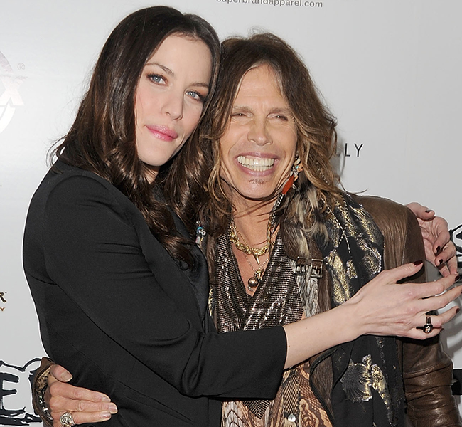 Steven Tyler visits his daughter Liv Tyler in hospital ...
