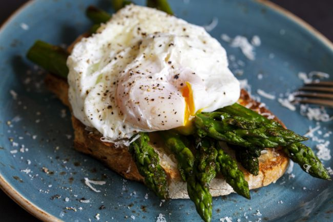 poached-eggs-on-toast