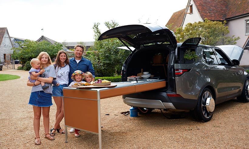 Jamie-Oliver-family-land-rover-discovery-kitchen