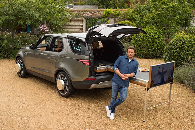 Jamie-Oliver-land-rover-discovery-kitchen
