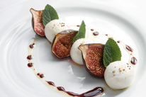 Mozzarella and fig salad