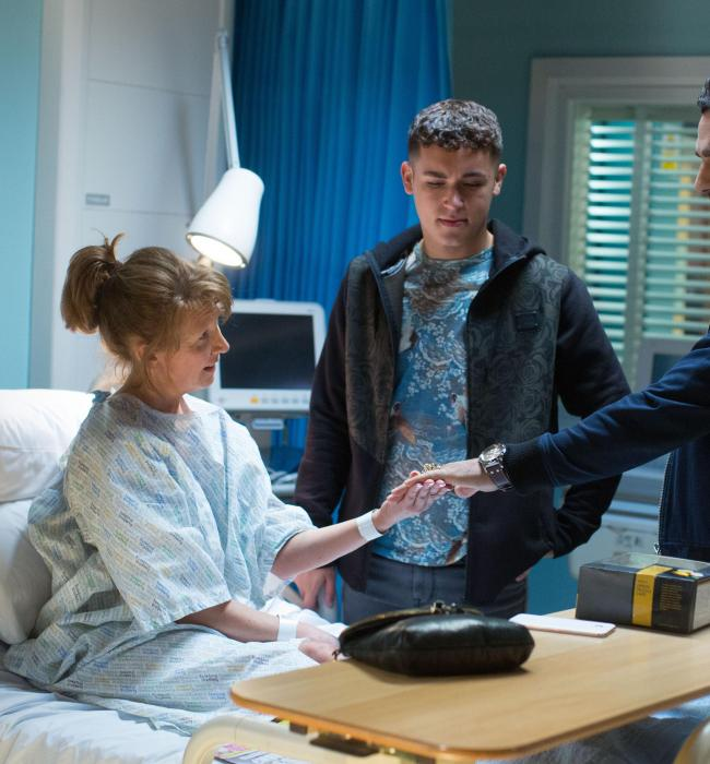14031950-high_res-eastenders-july-september-2017