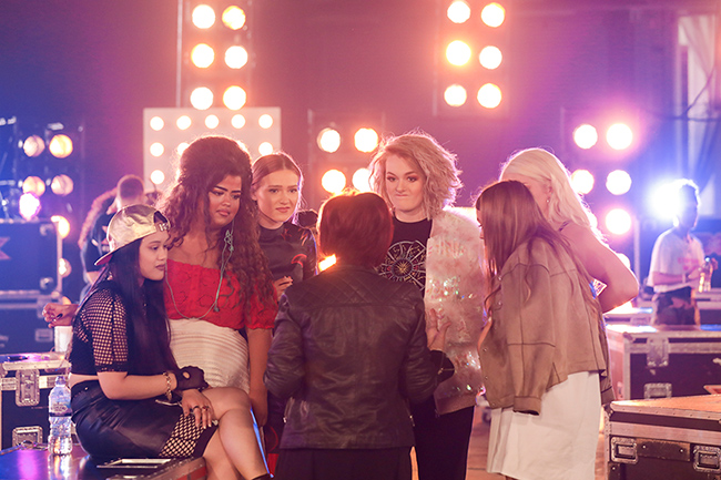 sharon-osbourne-and-the-girls-on-x-factor