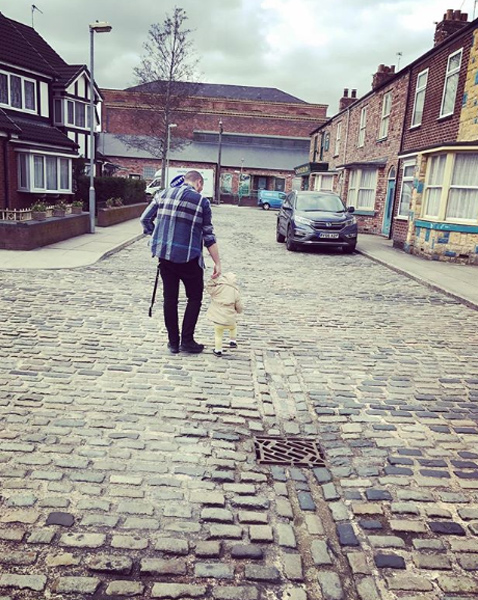 shayne ward daughter willow walking instagram