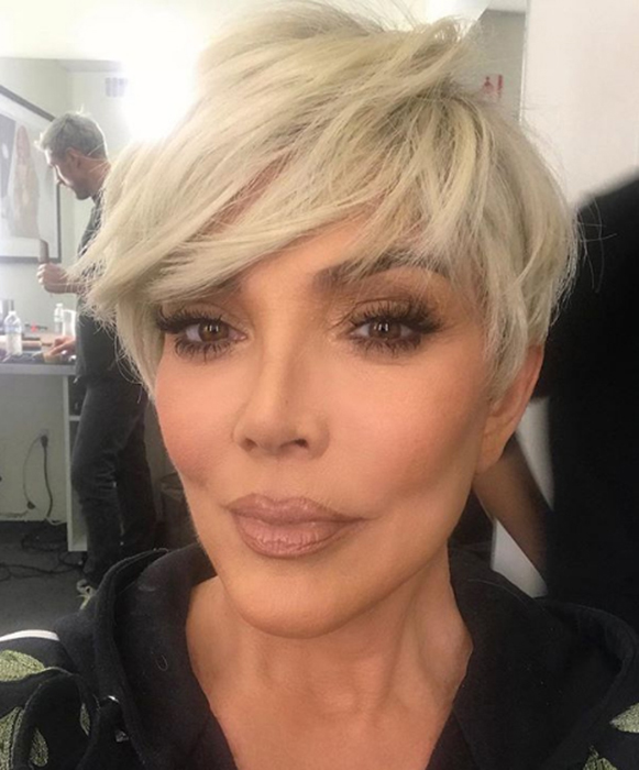 kris-jenner-new-blonde-hair-cut