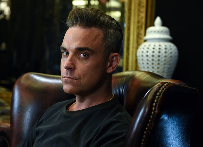 Robbie-Williams-hair-transplant
