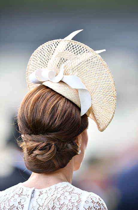 kate-middleton-hair-net-ascot