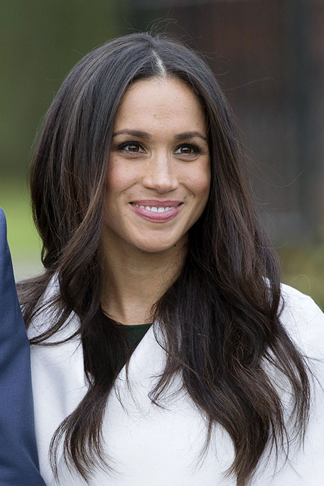 Meghan Markle S Glowing Engagement Photocall Make Up Secrets
