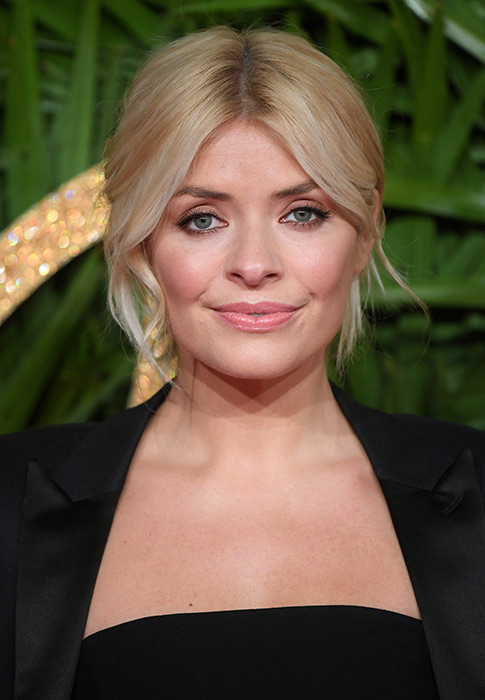 Holly-Willoughby-make-up