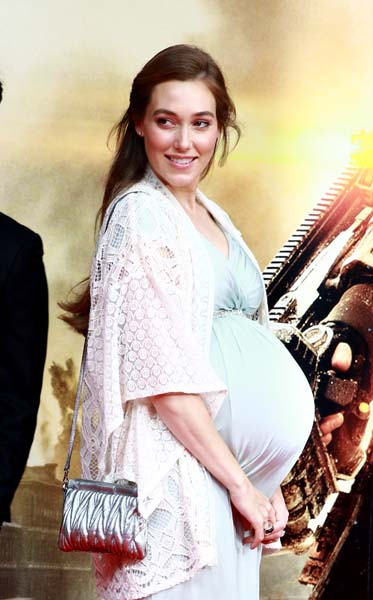Heavily pregnant Jacqui Ainsley