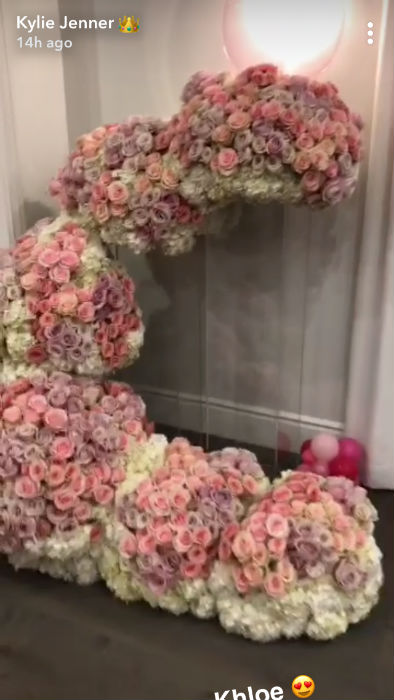 kylie-jenner-flowers-from-khloe