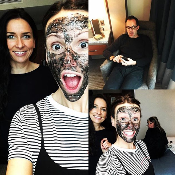 glitter-face-mask-suranne-jones