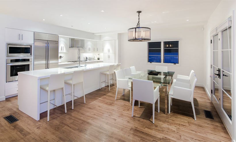 2-Rihanna-kitchen-dining-room-west-hollywood