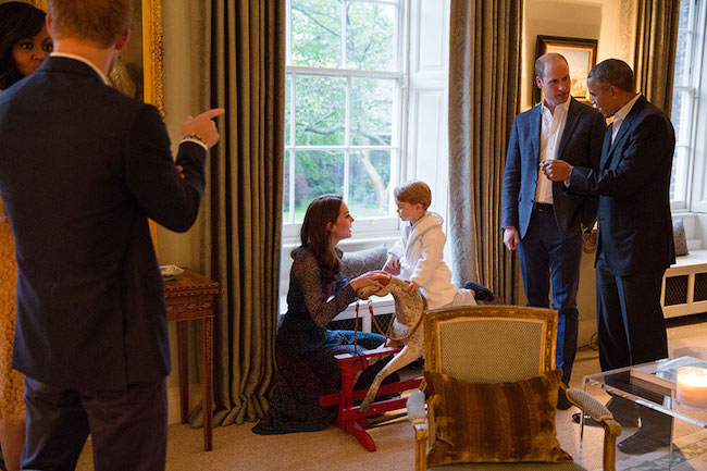 prince-george-obama-rocking-horse-kate-middleton