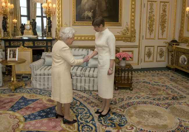 The-Queen-president-Estonia-Windsor-Castle