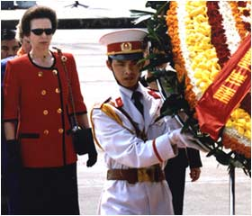 Princess Anne lays a wreath at the mausoleum of former Vietnamese leader Ho Chi Minh in Hanoi