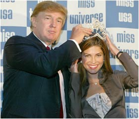 Donald Trump crowns new Miss Universe