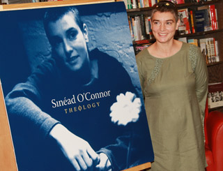 Sinead promotes her music in NYC