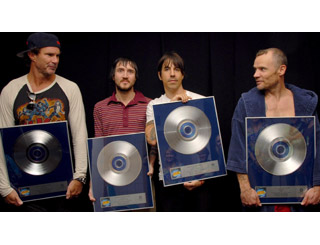 Red Hot Chili Peppers' disc goes platinum