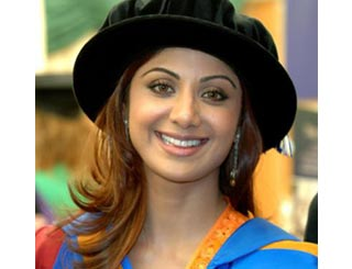 Shilpa receives honorary degree