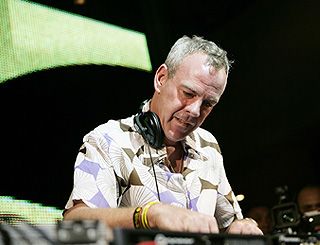 Fatboy Slim given go-ahead for two-night beach party