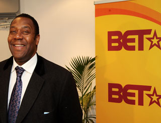 Lenny Henry supports UK launch of Black TV
