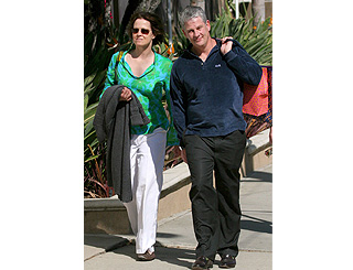 Sigourney Weaver and husband Jim enjoy the sun
