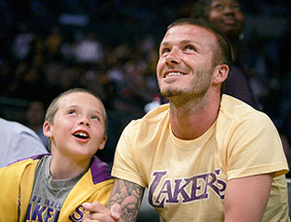 Becks and Brooklyn bond over basketball